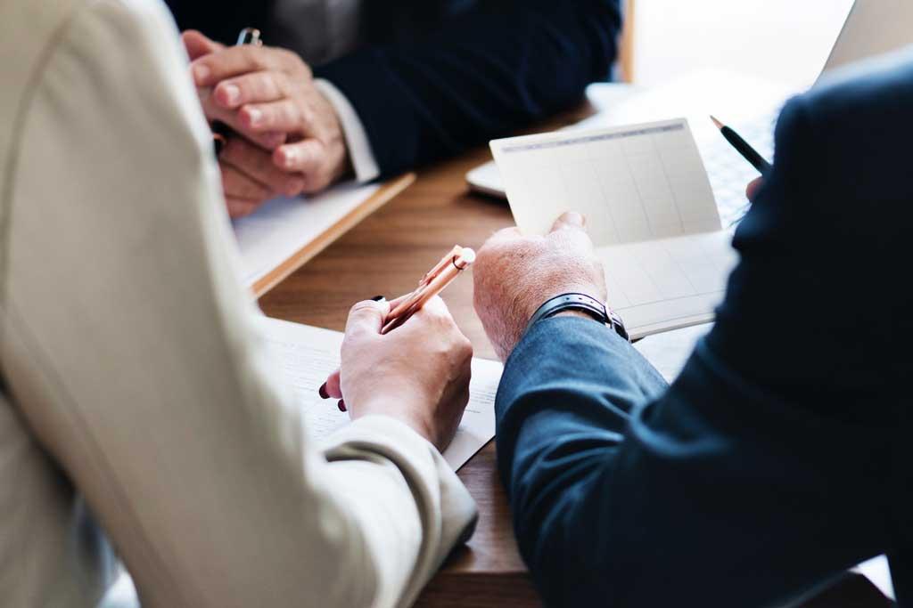 Strategieberatung oder doch Investmentbanking: Entscheidungen gefragt